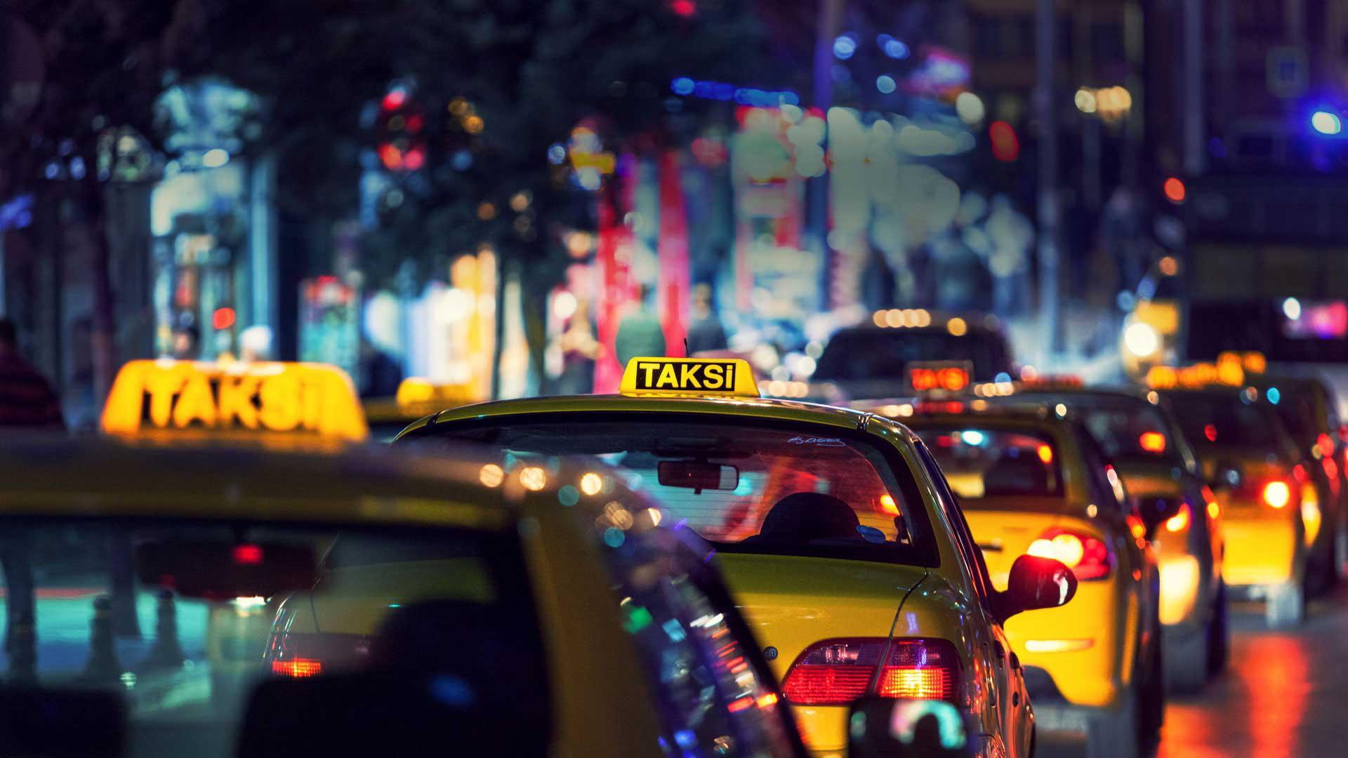 İzmir'de herkes  taksici olamaz!